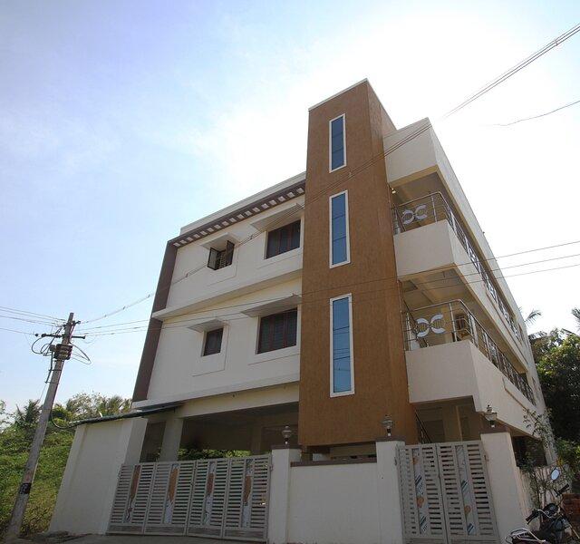 Lakshana Service Apartment - Near Big Temple Thanajvur, holiday rental in Thanjavur