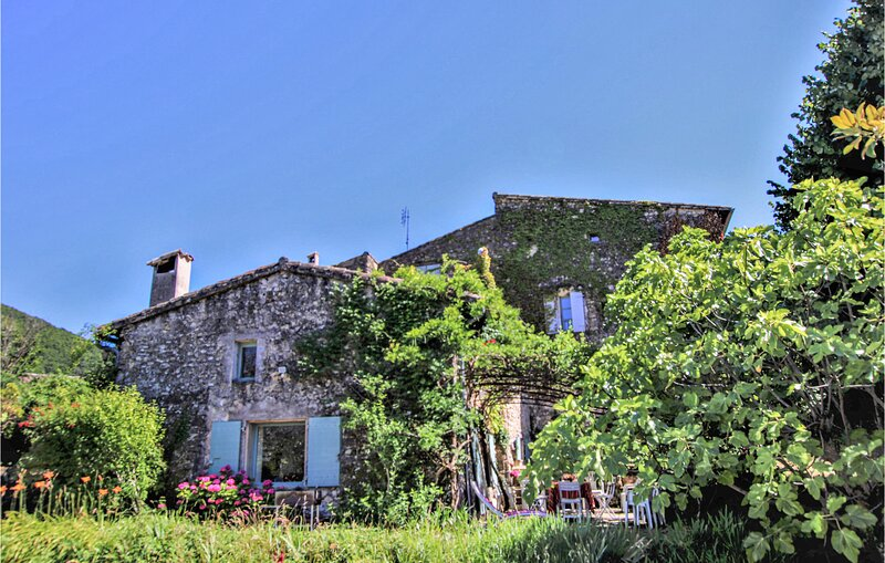 Keyaerts (FPD335), holiday rental in Cliousclat