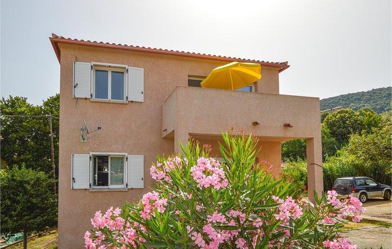 Amazing home in Petreto-Biccisano with WiFi and 3 Bedrooms (FKO275), vacation rental in Serra-di-Scopamene