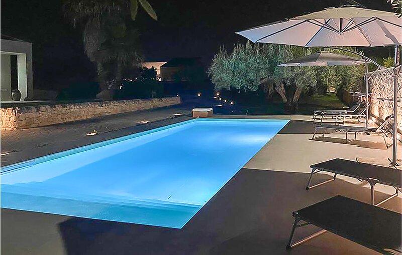 Villa Summit (ISR332), holiday rental in Case Giurdanella
