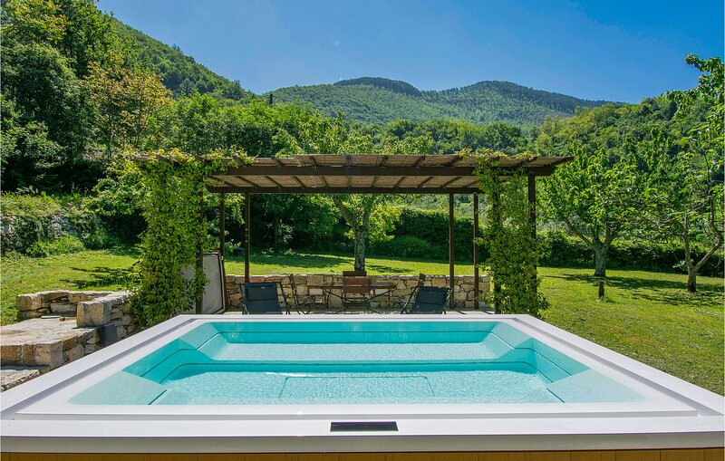 Nice home in Vaiano with Sauna and 3 Bedrooms (ITF055), holiday rental in Cantagallo