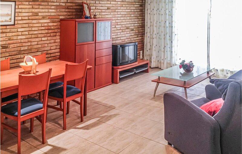 Nice apartment in Playa de Gandía with 2 Bedrooms (EBV098), holiday rental in Grau i Platja