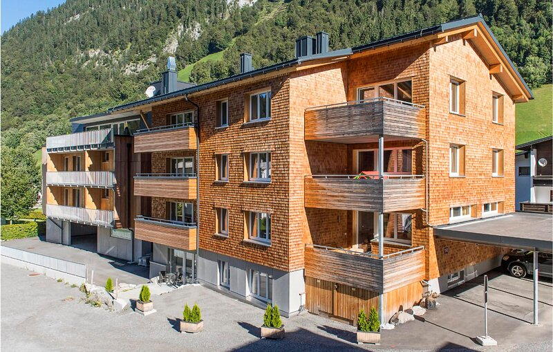 Nice apartment in Klösterle with Sauna and WiFi (AVO168), Ferienwohnung in Lech