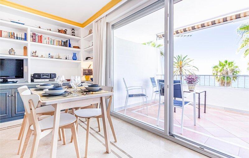 Nice home in La Herradura/Almuñecar with 3 Bedrooms (EAT016), alquiler de vacaciones en La Herradura