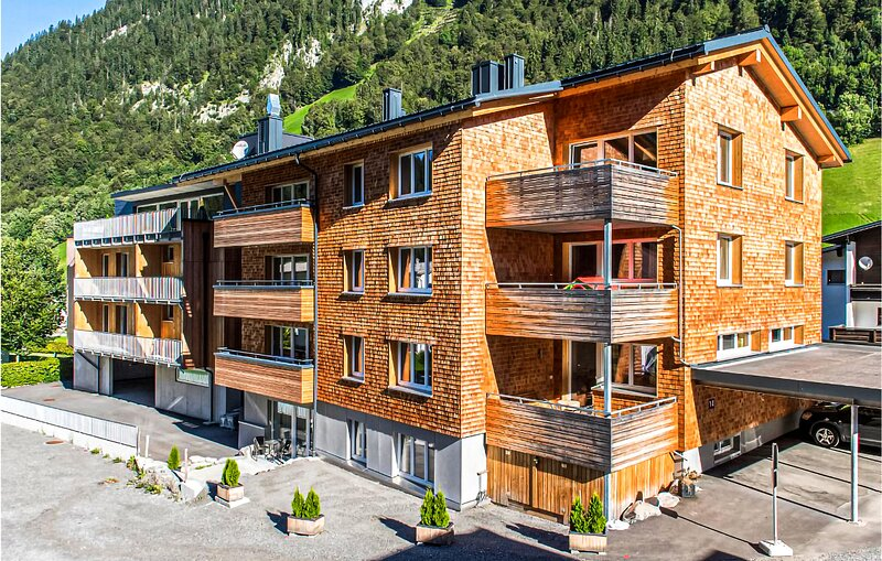Amazing apartment in Klösterle with Sauna, WiFi and 2 Bedrooms (AVO171), Ferienwohnung in Lech