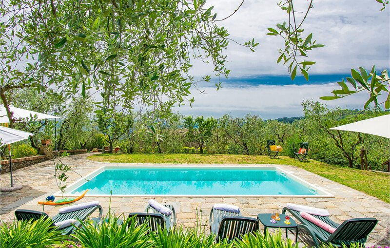 Amazing home in Buggiano with Outdoor swimming pool, WiFi and 2 Bedrooms (ITT334, vacation rental in Malocchio