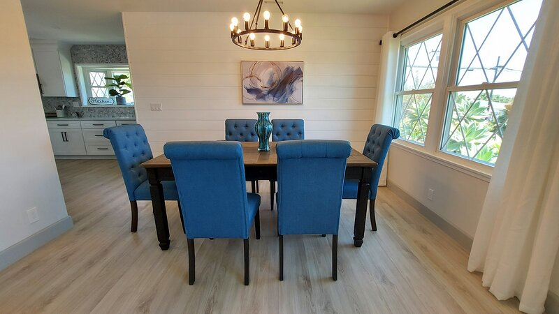 Stay at THE BEST Luxury Lifestyle Vacation Home!, holiday rental in Santa Paula