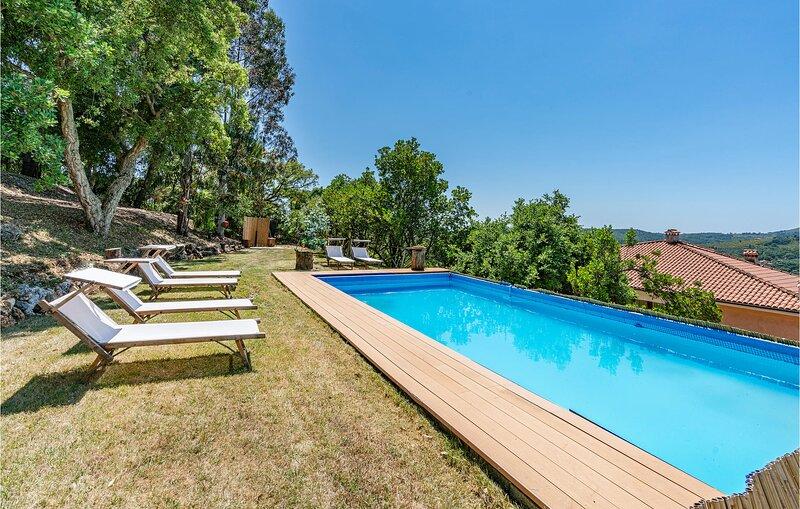 Paradise 1 (IRK201), location de vacances à Itri