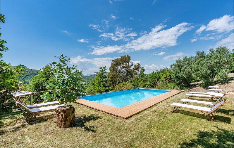 Paradise 2 (IRK202), location de vacances à Itri