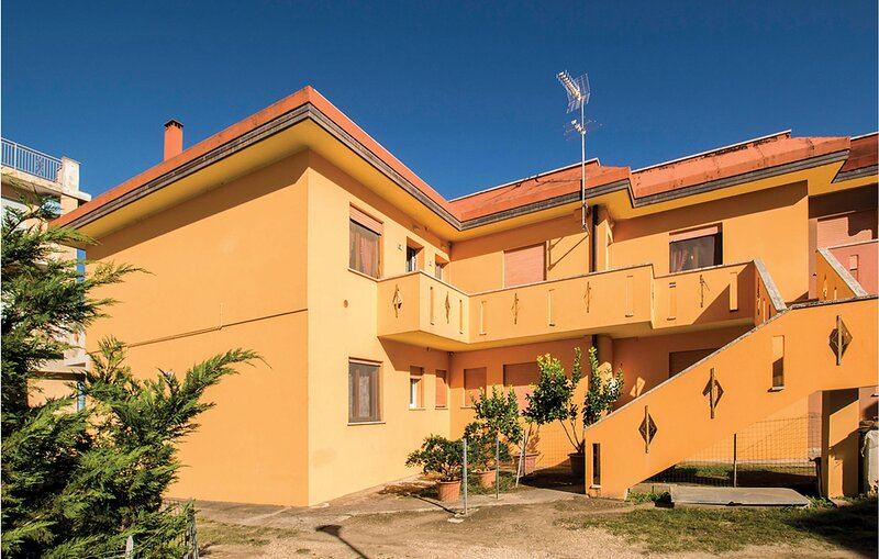 Nice apartment in Rosolina Mare with 1 Bedrooms (IVK698), casa vacanza a Loreo