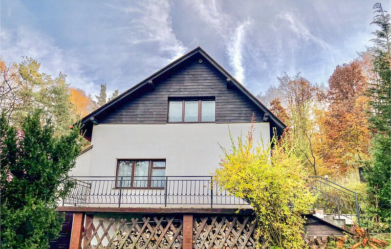 Stunning home in Ostrzyce with 2 Bedrooms (PKA190), vacation rental in Sianowska Huta