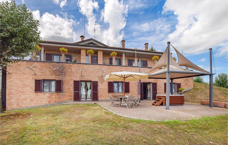 Nice home in San Giorgio Monferrato with WiFi and 1 Bedrooms (IPL268), casa vacanza a Vignale Monferrato