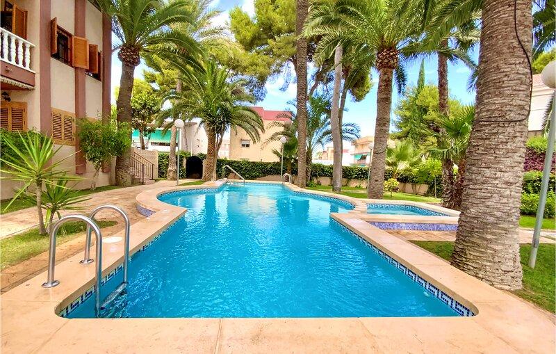 Nice apartment in San Javier with Outdoor swimming pool and 2 Bedrooms (ECC954), aluguéis de temporada em Lo Pagán