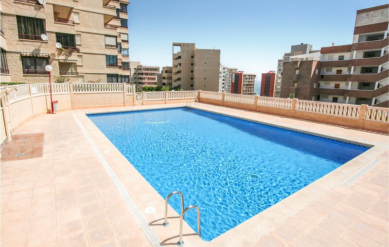 Nice apartment in Arenals del Sol with Outdoor swimming pool, WiFi and 2 Bedroom, holiday rental in Los Arenales del Sol