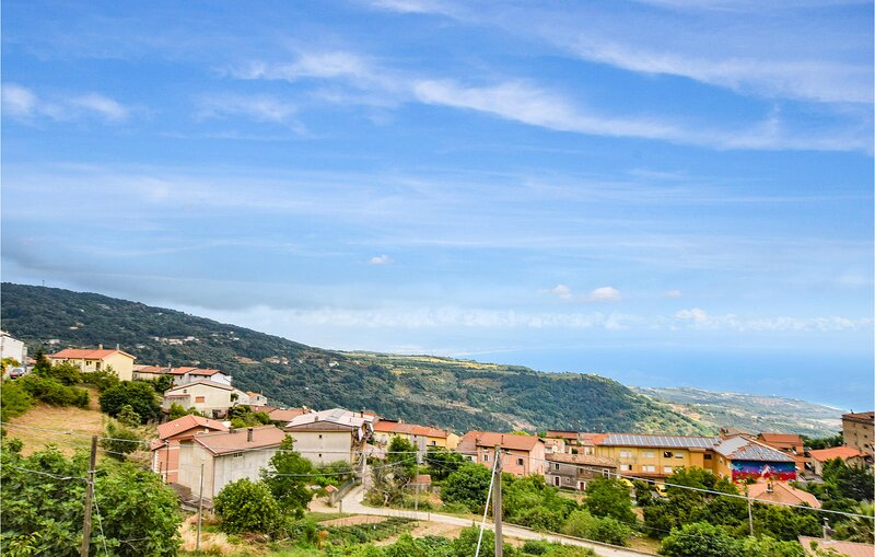 Awesome apartment in Falerna with WiFi and 2 Bedrooms (IKK605), casa vacanza a Villaggio del Golfo