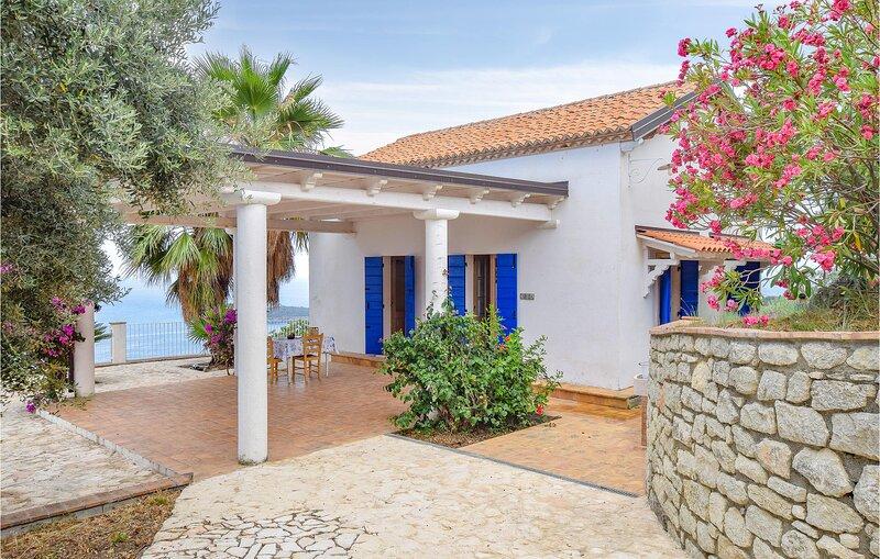 Casa Celestina (IKK606), casa vacanza a Grisolia