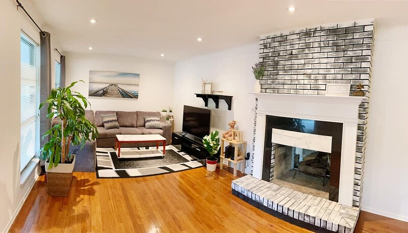 St Platinum Peaceful Homestay, location de vacances à Maryland Heights