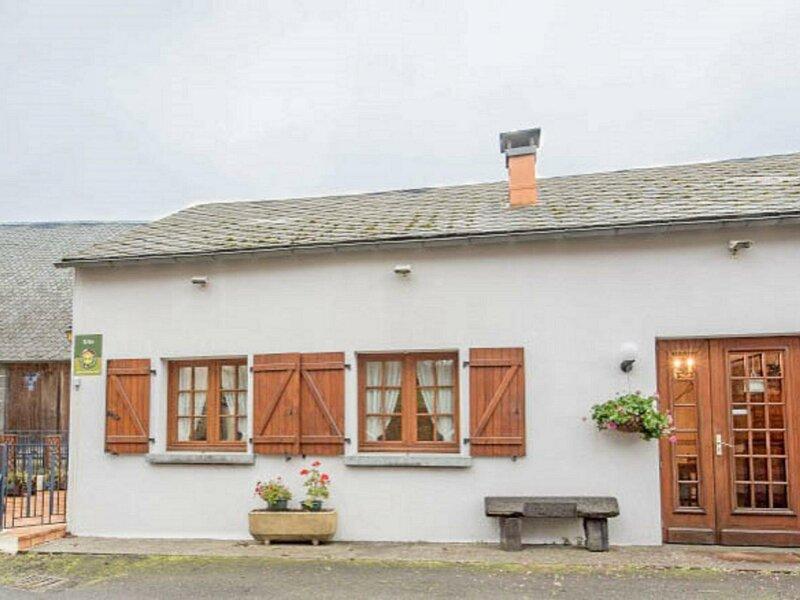 Au Grès du vent, casa vacanza a Rochefort-Montagne