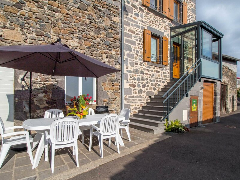 Chez le Cagnat, holiday rental in Aubiere