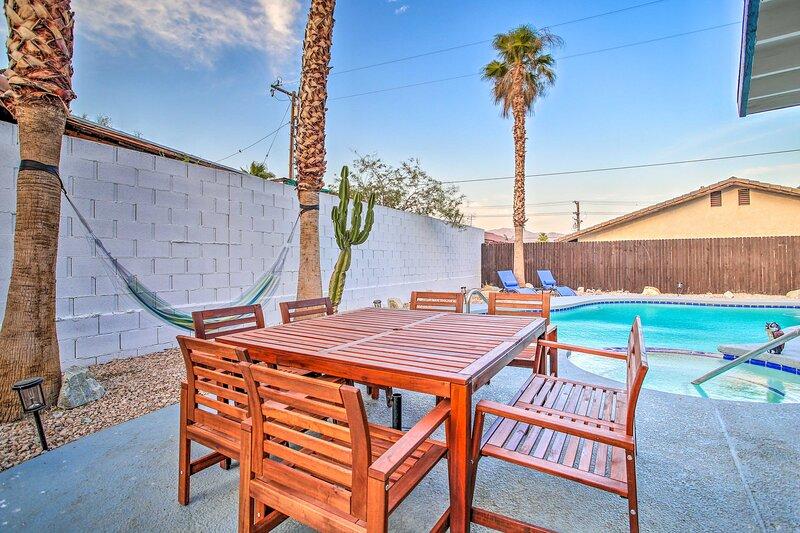 NEW! Chic Desert Hot Springs Oasis w/ Game Room!, vacation rental in Desert Hot Springs