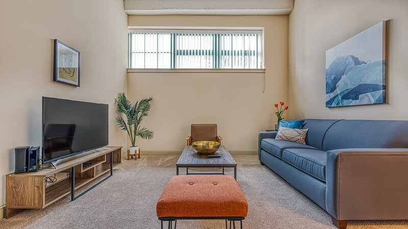 Kasa Winston-Salem�Near Historic WE Apt, Fast WiFi +Self Check-In�Art District, holiday rental in Clemmons