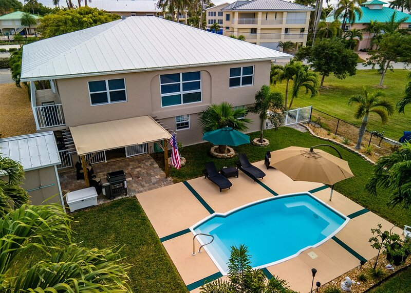 2 N Joy 2bed/2bath with heated pool on beautful Duck Key, location de vacances à Conch Key