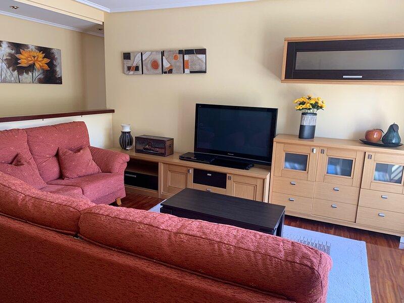 APARTAMENTO 2 HABITACIONES A 500mts PLAYA OSTENTE, holiday rental in Guriezo