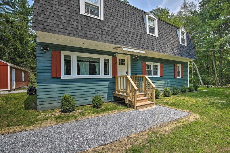 NEW! Cozy Great Barrington Home 1 Mi to Ski Resort, holiday rental in Great Barrington