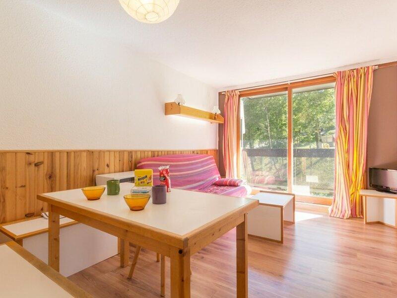 BEL APPARTEMENT TOUT CONFORT DE 37 M², holiday rental in Villarembert