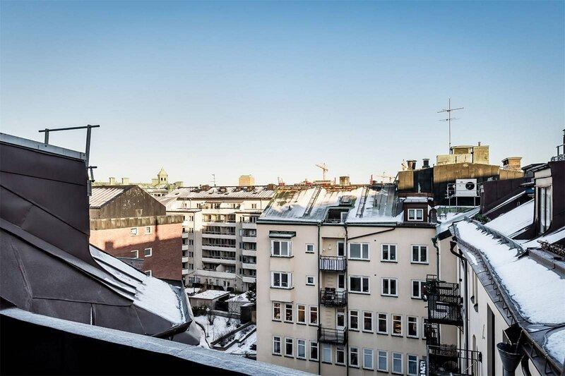 Vacker takvåning för 8 personer i centrum – semesterbostad i Sundbyberg