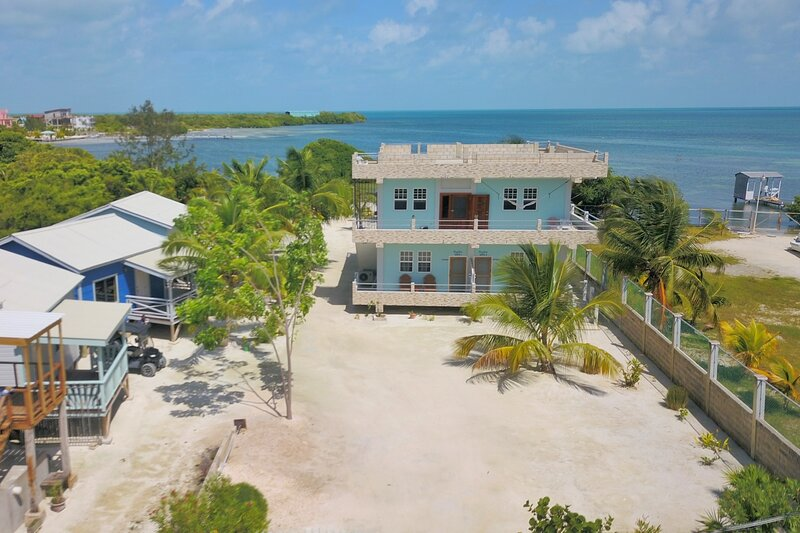 Hidden Treasure Vacation Home Suite1, aluguéis de temporada em Caye Caulker