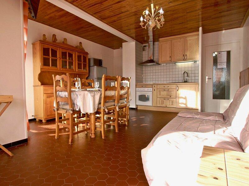 Très joli appartement 3 pièces exposé PLEIN SUD classé 3*., vacation rental in Uriage les Bains