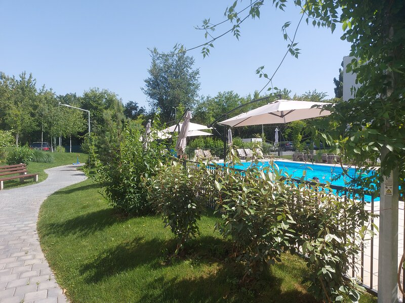 Atria Urban Resort, vacation rental in Snagov