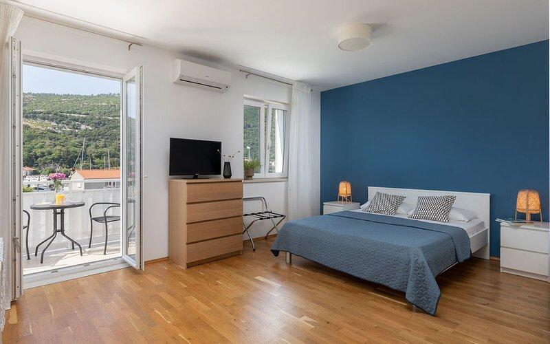 Apartments Silvija, holiday rental in Prijevor