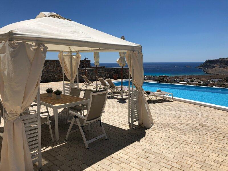 Villa Vitabel 3 bedroom with Sea View & Infinity Pool in Lindos, vacation rental in Vlycha