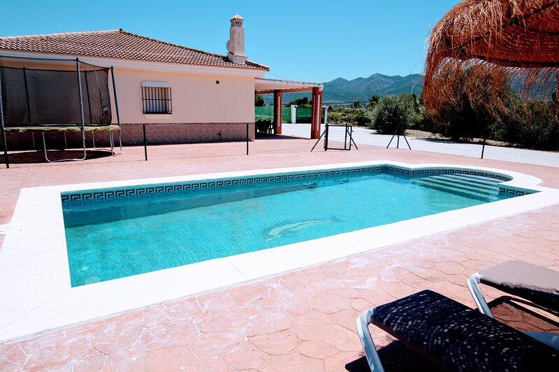 Villa Ballesteros II, holiday rental in Estacion de Cartama