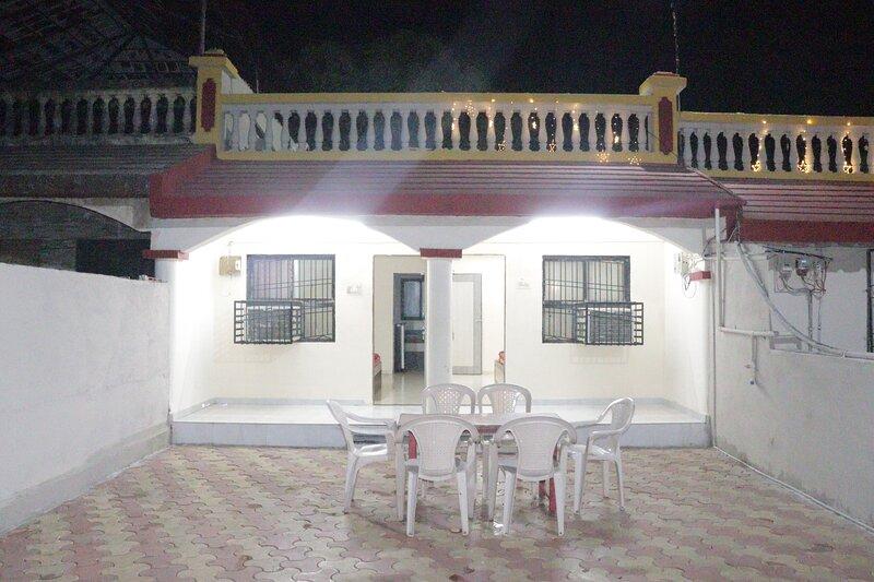 WOW VILLA 102, alquiler de vacaciones en Silvassa