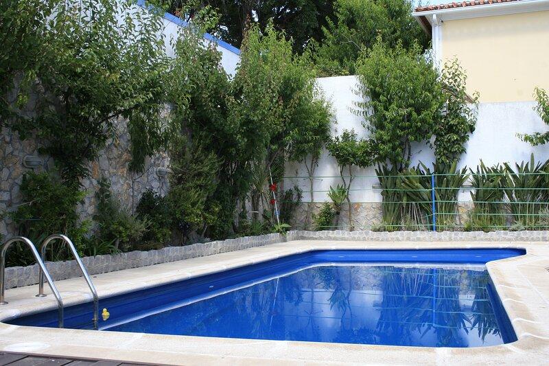 Cem Sentido - Apartamento de Férias com Piscina Privada - Alentejo, location de vacances à Mosteiros