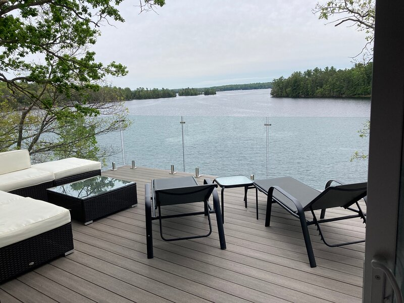 Luxury Lakeview, holiday rental in Woodview