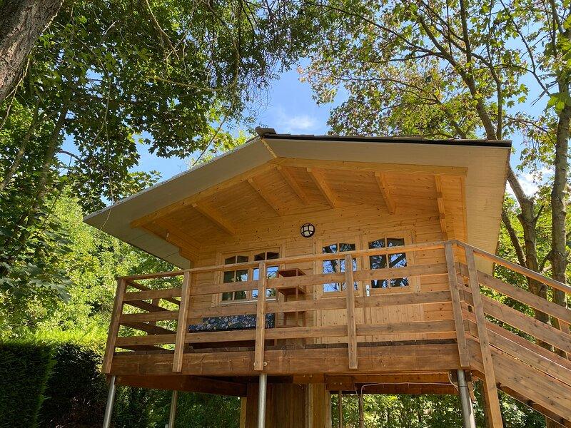 Casa Sullalbero Eco Rural, holiday rental in Diano d'Alba