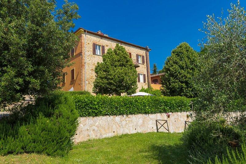 EV-EMMA031 - Villa Angelini 14+7, holiday rental in Campriano
