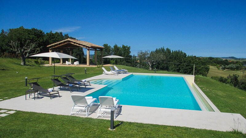 EV-EMMA190 - Villa Anna 9+2, holiday rental in Monteciccardo