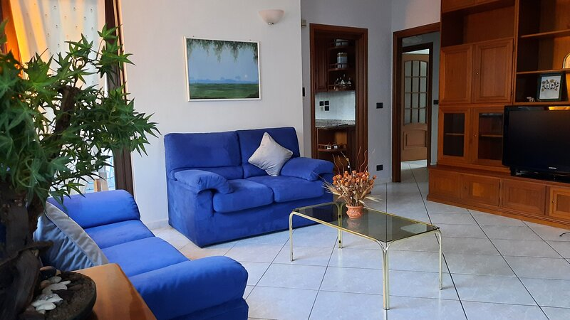 ~ ▪︎ Casa ARTE ▪︎ ~, location de vacances à San Francesco al Campo
