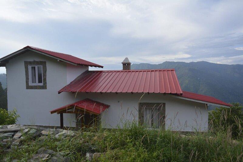 The Whisteling Cottage, aluguéis de temporada em Bhowali