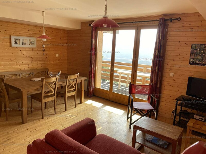 Appartement T4 6 couchages LES ANGLES, holiday rental in Puyvalador