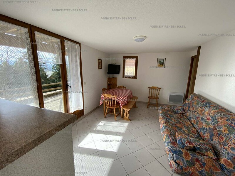 Appartement T3 6 couchages LES ANGLES, holiday rental in Puyvalador