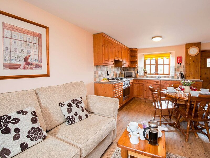 Badger Cottage, holiday rental in Cloughton