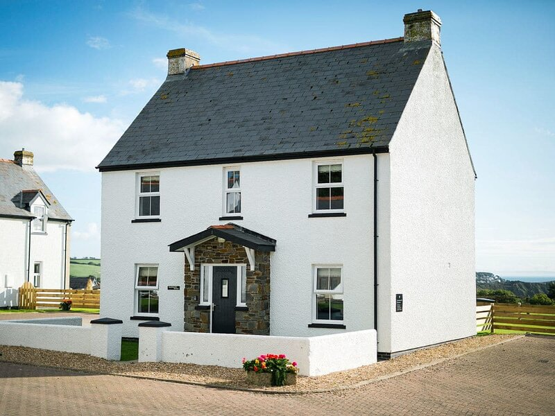 Headlands House - UK6739, vakantiewoning in Manorbier