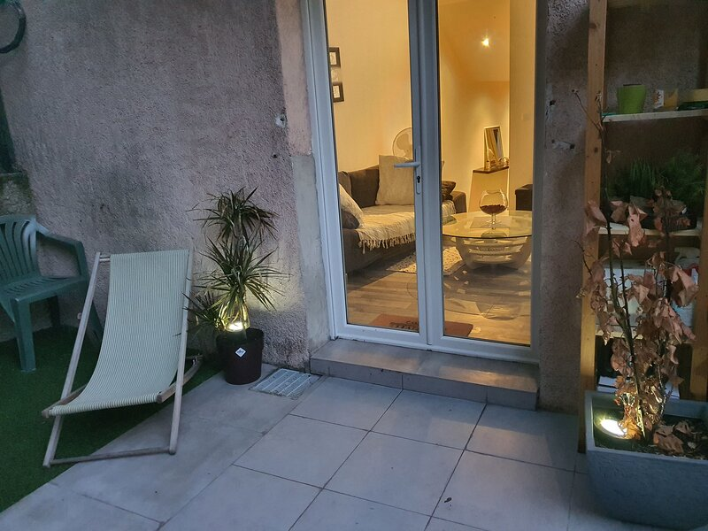 Amazing apartment with terrace, casa vacanza a Boulouris