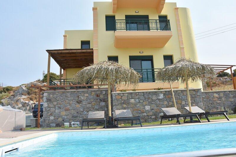Siena Pool Villa, location de vacances à Koskinou